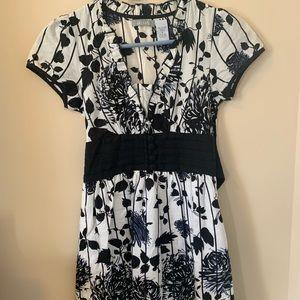 Delias blank white floral dress size 0